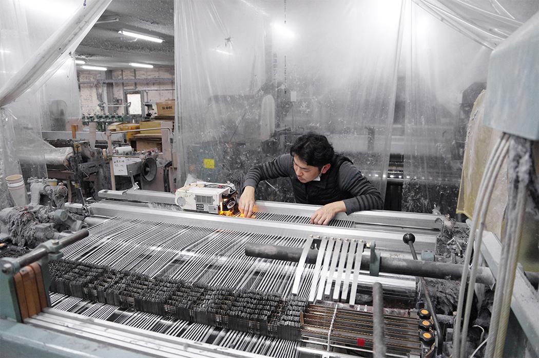 川上織物の織機