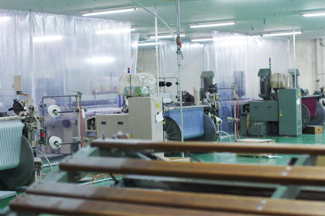 川上織物の工場